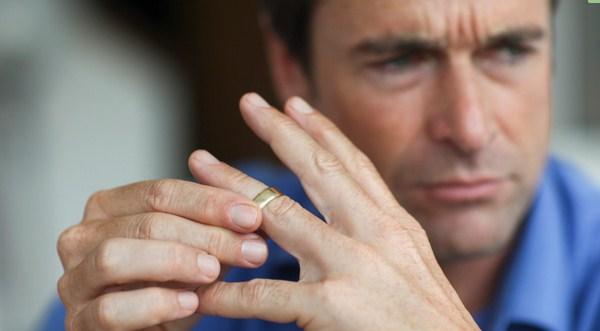 Dilema Wanita, Ketika Suami Selingkuh Istri Harus Bagaimana Menyikapinya