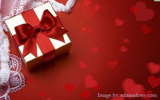 Gambar Foto 21 Ide Kado untuk Pernikahan Sahabat Saudara