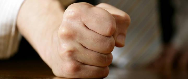 Gambar Foto Bagaimana Cara Mengatasi Suami Pemarah